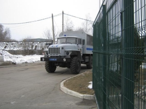 The factory Roshen in Russia is blocked by riot police