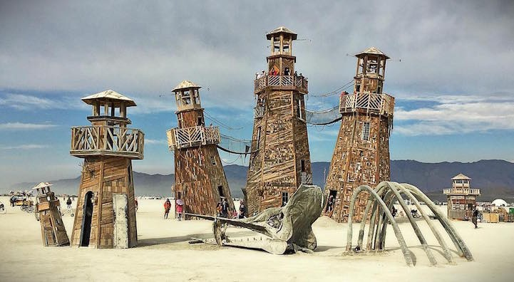 Best pictures and videos of people and installations on Burning Man 2016
