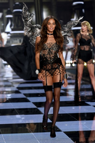 First photos from Victoria's Secret Fashion Show 2014 Victoria's Secret, girls, fashion, model, photo